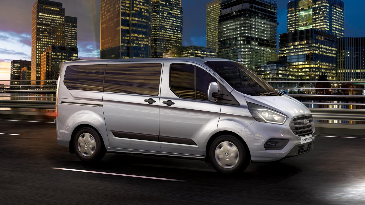 06 Nuvo Ford Transit Custom Gallery